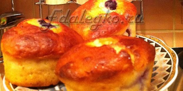 Рецепт творожных кексов. Воздушный кекс с виноградом.