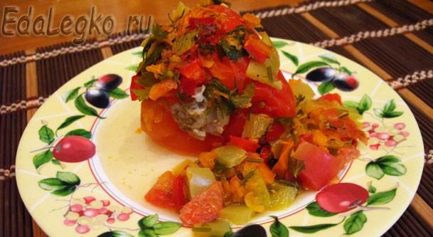 Тушеные перцы под овощным рагу