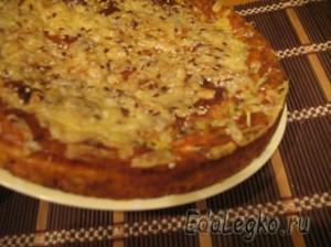 Творожный пирог с сыром, овощами и зеленью - готово!