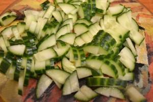 витаминный салат - огурец