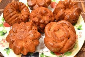 ржаная выпечка маффины с яблоками - готово