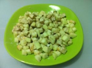 ржаная выпечка маффины с яблоками - яблоко