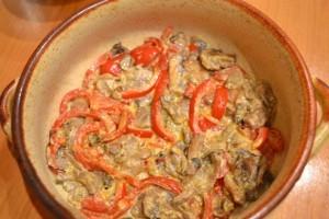вкусная куриная грудка  - перец и грибы