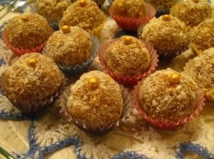 рецепт домашних конфет - курага с орехами - готово
