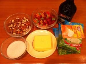сладкий десерт - праздничный новогодний стол - продукты
