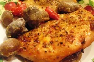 вкусная куриная грудка - целые грибы