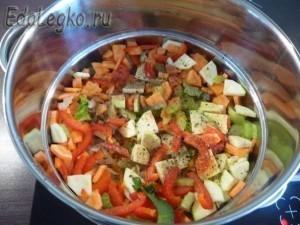 постные щи - овощи в пароварке