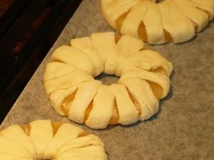 запеченный ананас - кольца в тесте