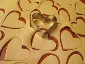 Пирог с капустой и яйцом - сердечки