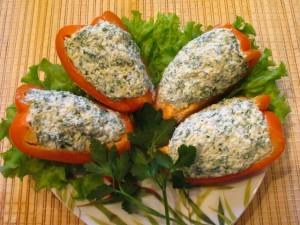перец фаршированный сыром - много