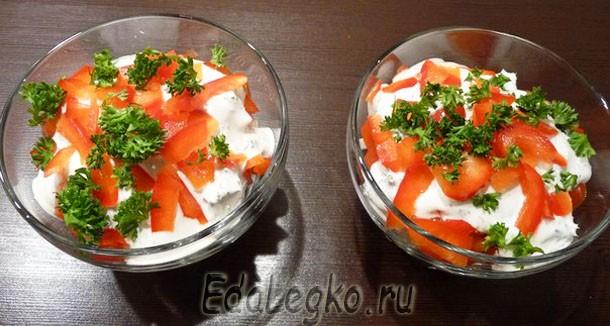 Салат с сухариками и сыром. Рецепт соуса для салата.