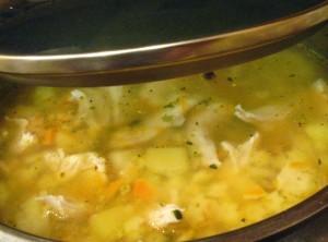 вкусный куриный суп - готово