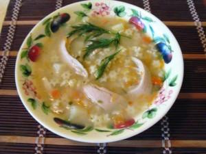вкусный куриный суп - порция