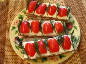 ржаные хлебцы - сэндвичи готовы