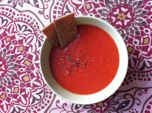 суп гаспачо - с сухариками