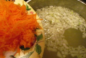 Свекольный суп - морковь