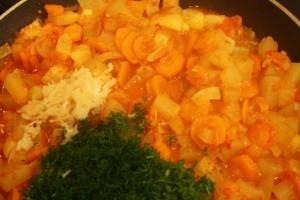 рецепт закуски из кабачков - зелень и чеснок