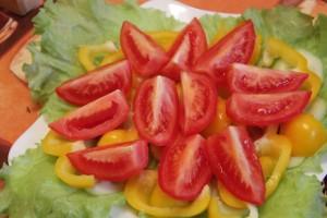Как приготовить греческий салат - 3й слой