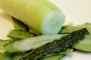 Как приготовить греческий салат - огурец