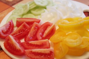 Как приготовить греческий салат - овощи