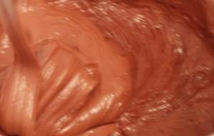 брауни с вишней и творогом - готовое шоколадное тесто