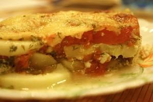 кабачки запеченные с помидорами и сыром - порция