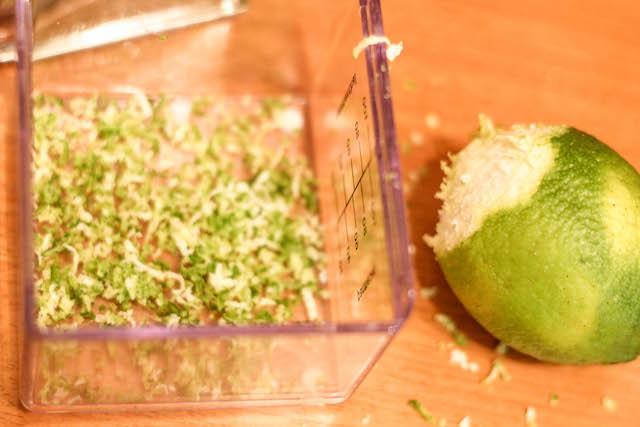 постный салат с фасолью и орзо - цедра