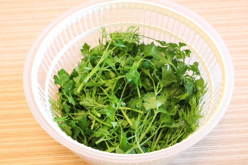 запеканка с овощами - зелень