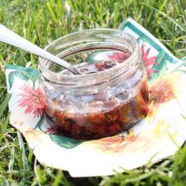 Варенье из лесной клубники с плодоножками