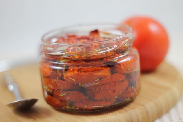 Вяленые помидоры в масле - слои