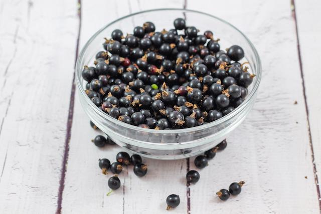 Варенье из ягод черной смородины - ягоды