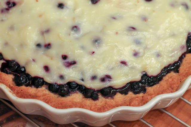 ягодный пирог под кремом Патисьер - - готово