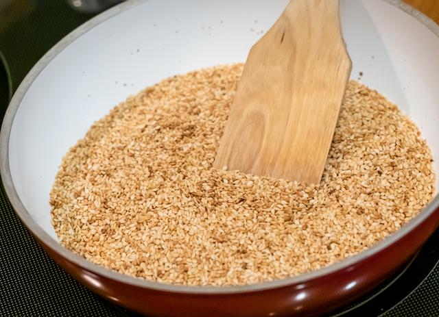хлебцы из семечек - кунжут