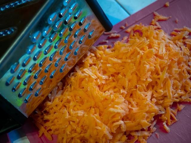 дорадо запеченная в духовке - морковь